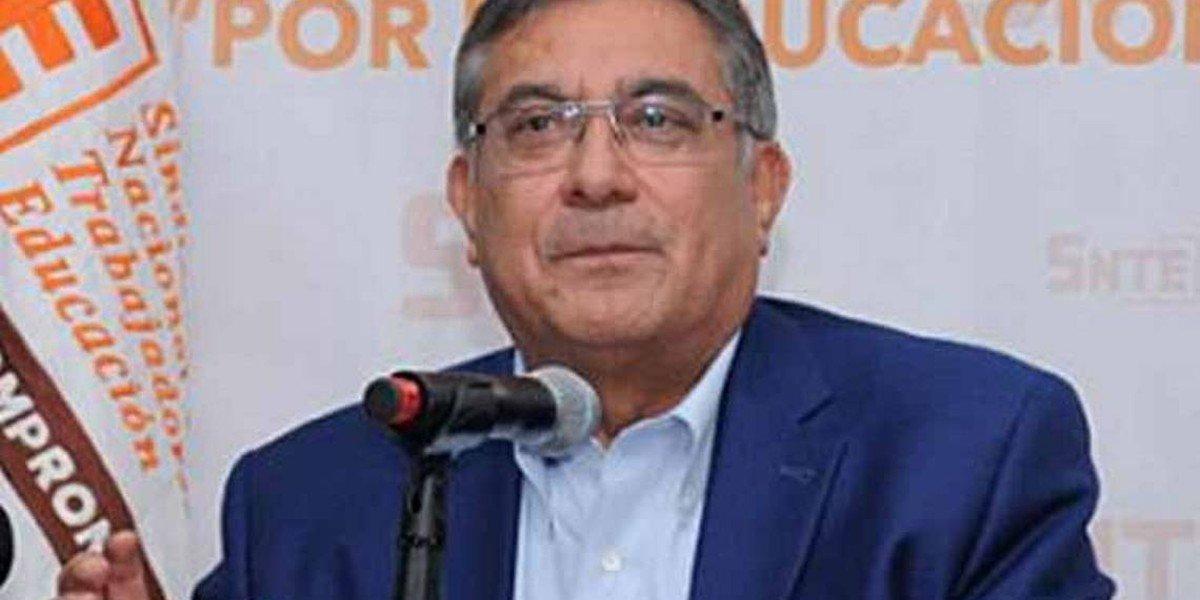 Maestros enojados con líder del SNTE por ajuste de jubilaciones