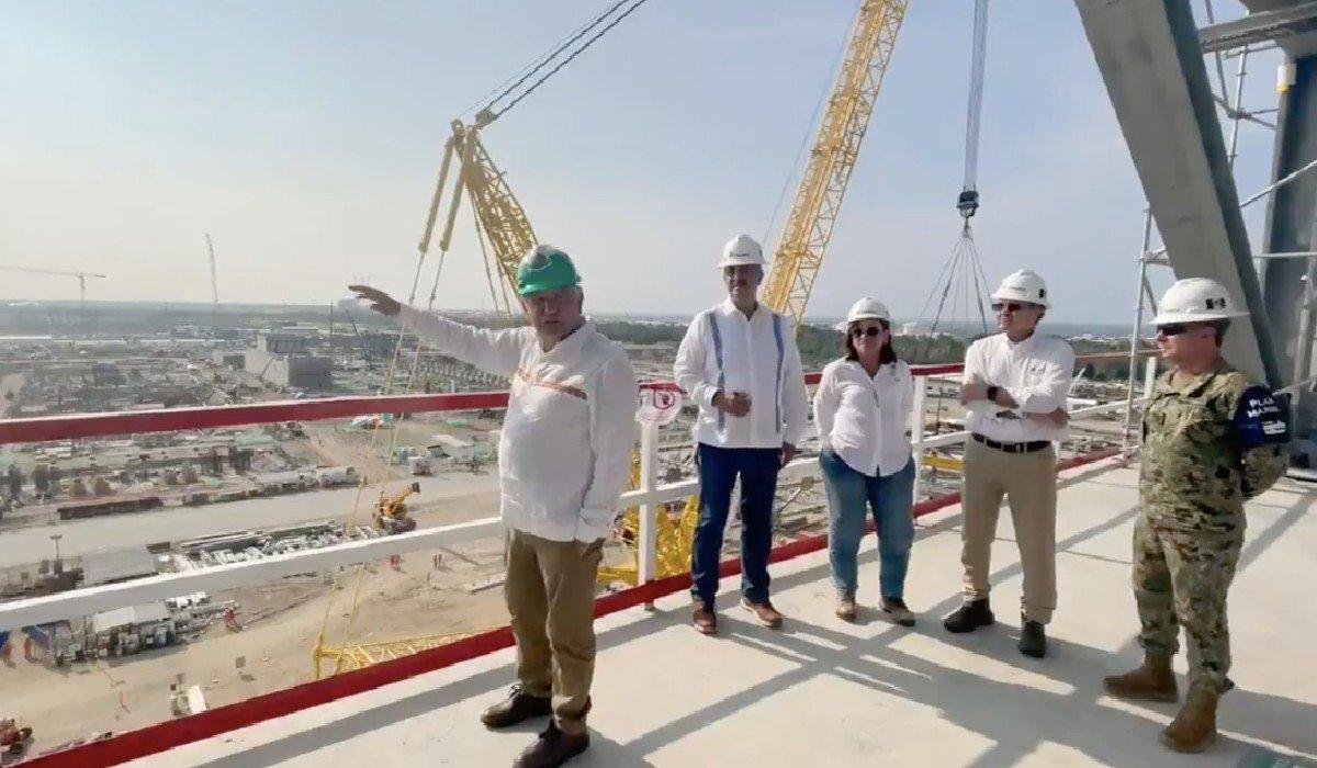AMLO revela que refinería de Dos Bocas se va a llamar Olmeca