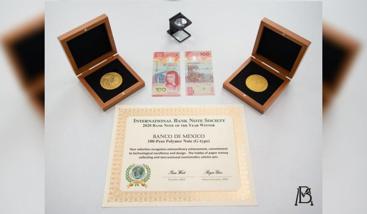 Banxico recibe reconocimiento de IBNS por billete de 100 pesos con imagen de Sor Juana