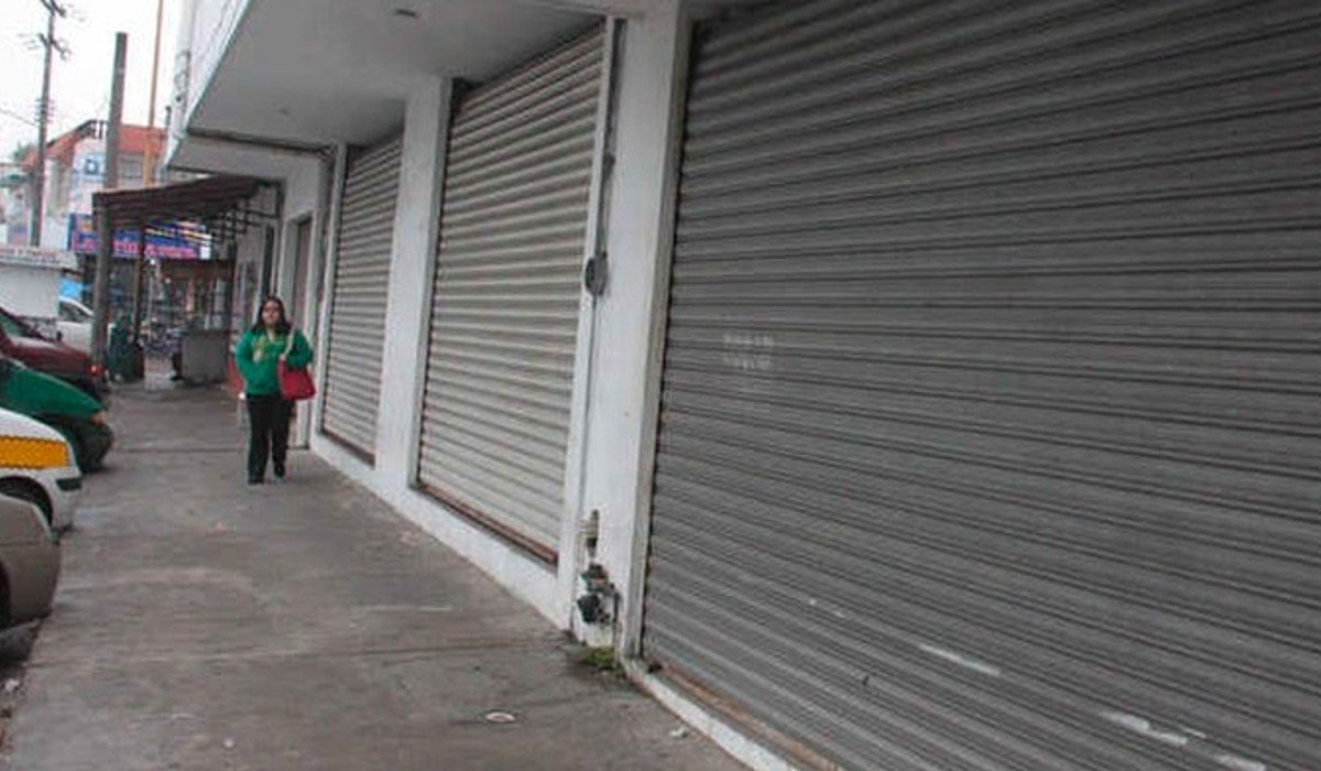 Cierran 400 pequeños negocios en Monterrey por efectos de la pandemia