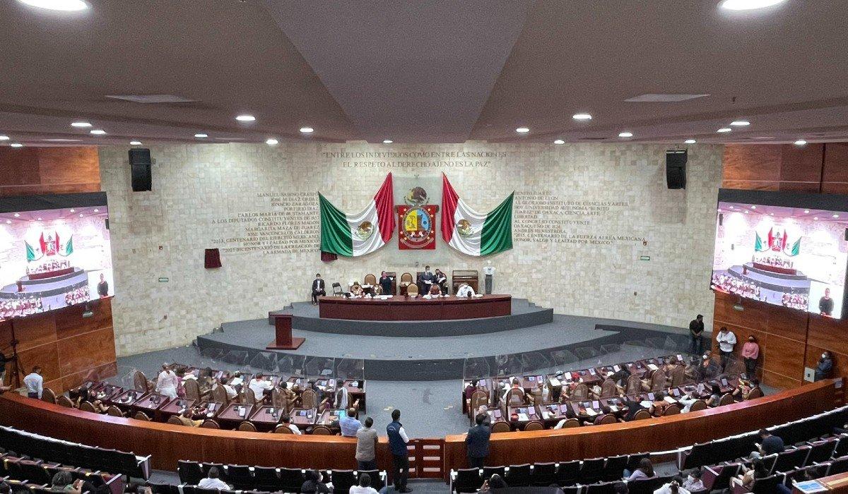 Congreso de Oaxaca aprobó reformas legales para que menores de edad elijan su identidad de género