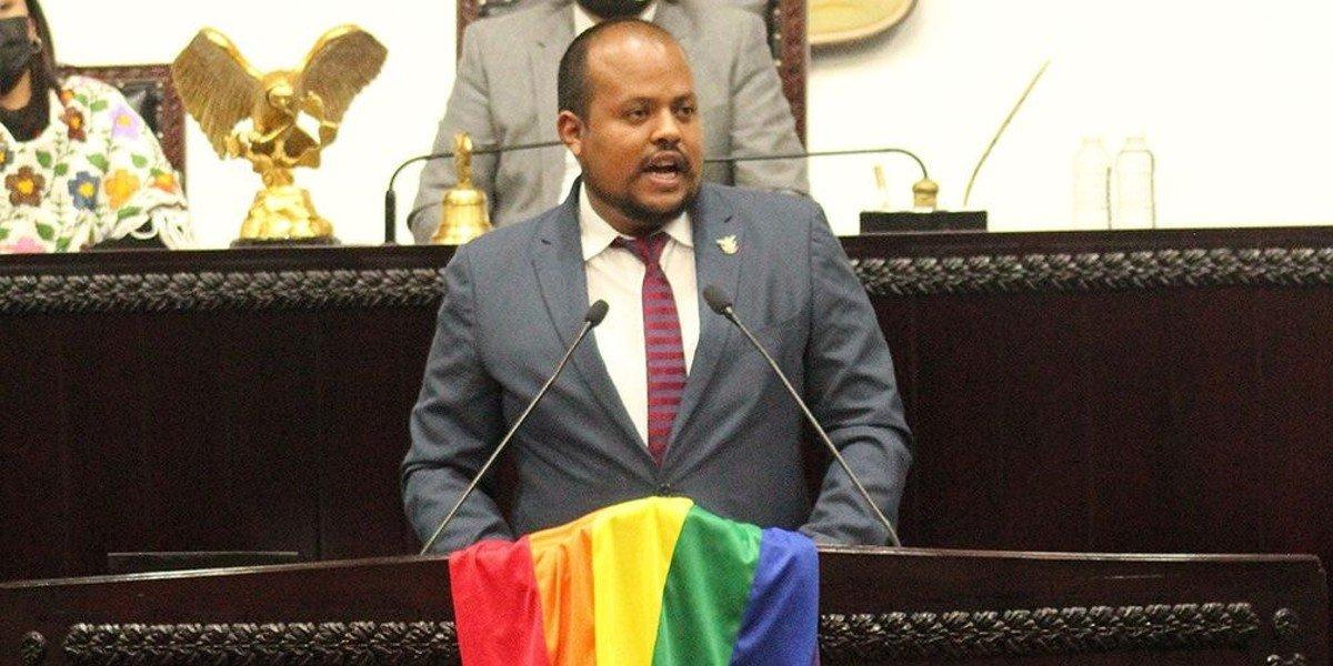Panista lanza insulto discriminatorio contra diputado de Morena de la comunidad LGBTTTI