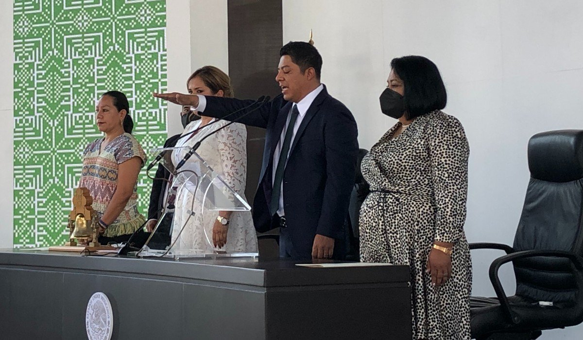 Congreso de SLP toma protesta a Ricardo Gallardo como gobernador