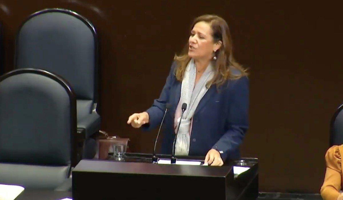 Interrumpen a Margarita Zavala con gritos de 'ABC' durante su intervención en el Pleno (VIDEO)