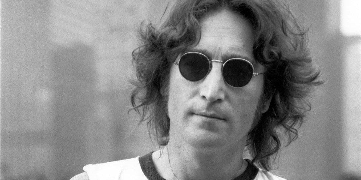 Subastan en 58 mil dólares grabación inédita de John Lennon