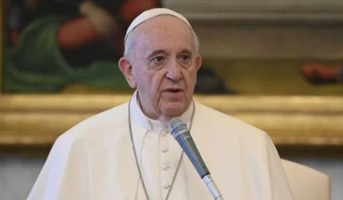 Papa Francisco ordena presentar certificado sanitario de COVID-19 para ingresar al Vaticano
