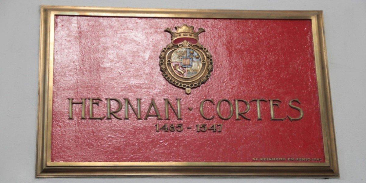 VOX busca que gobierno de AMLO rinda homenaje a Hernán Cortés