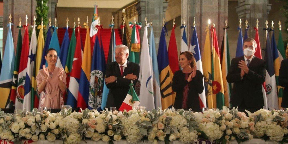 Sheinbaum fue la invitada de honor de AMLO a cena de jefes de Estado de la CELAC