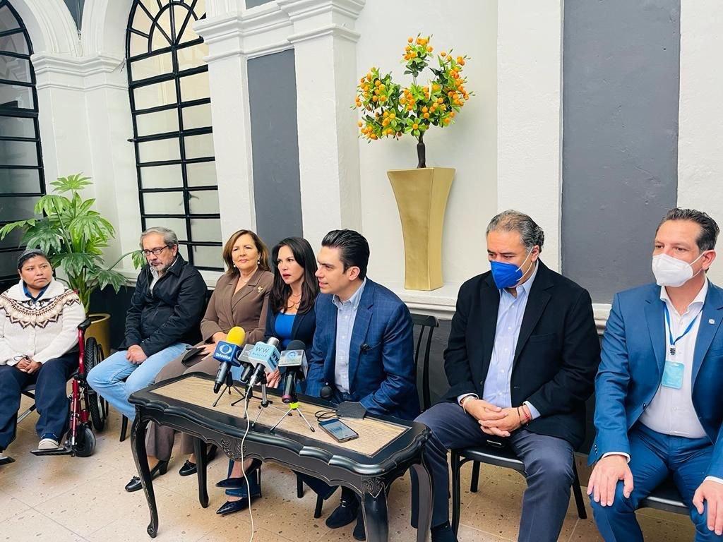 Diputados del PAN solicitan que Bartlett se presente en San Lázaro para debatir sobre la reforma eléctrica de AMLO