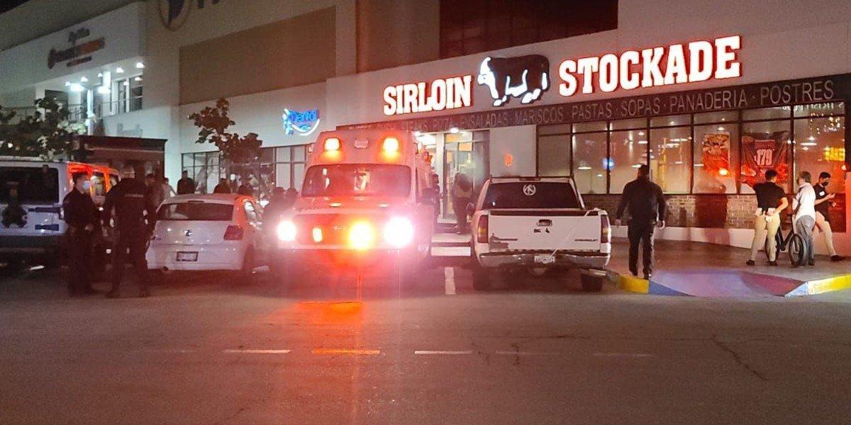 Se intoxican 13 empleados de restaurante en Tijuana por inhalación de monóxido de carbono