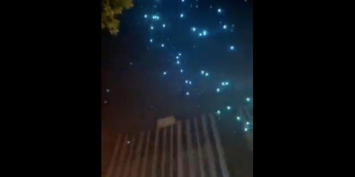 Decenas de drones caen del cielo en China tras espectáculo aéreo fallido