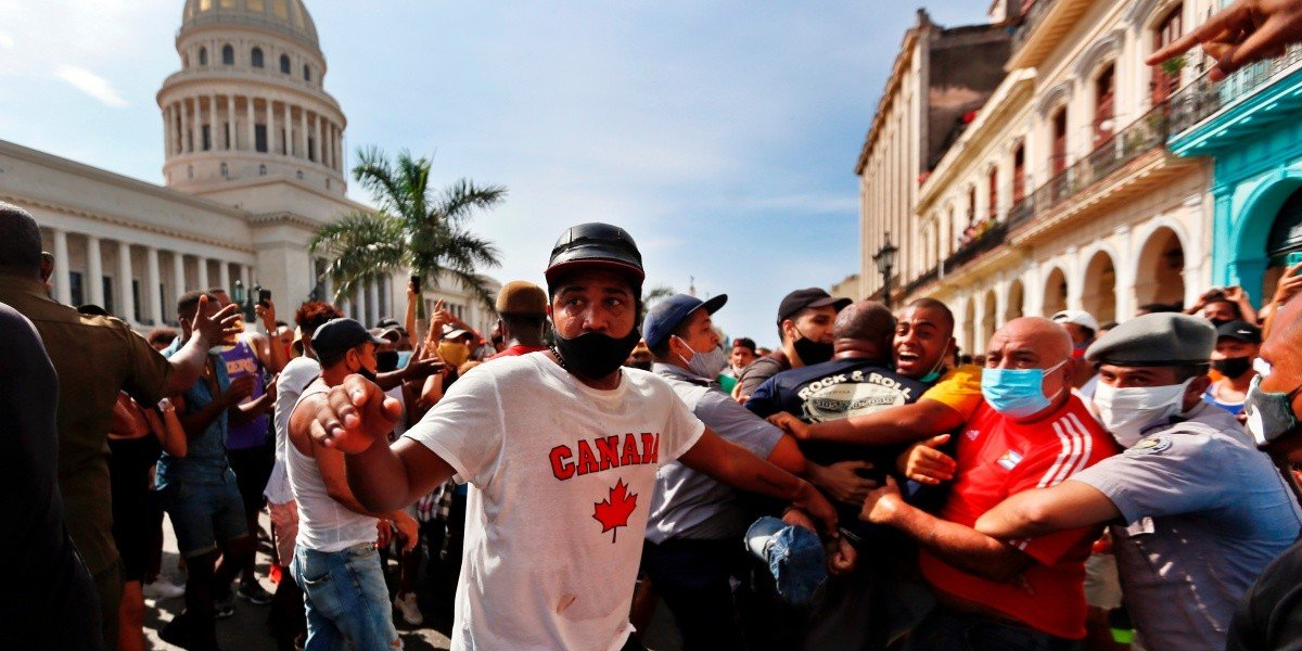 Cubanos adelantan marcha contra Díaz-Canel para el 15 de noviembre