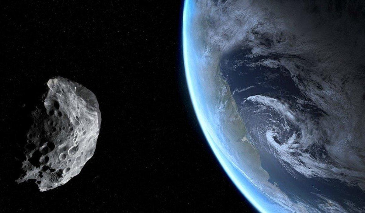 Descubren astrónomos una 'miniluna' que orbita la Tierra