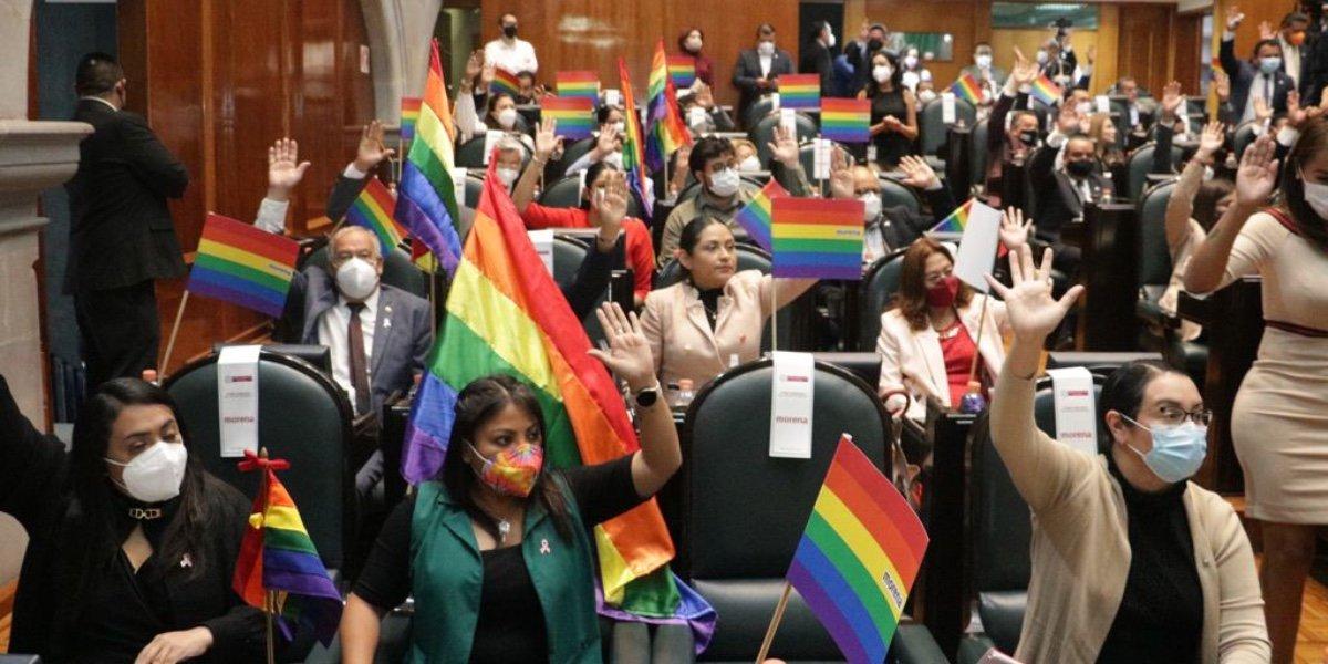 Morena presenta iniciativa para reconocer el matrimonio igualitario en Edomex