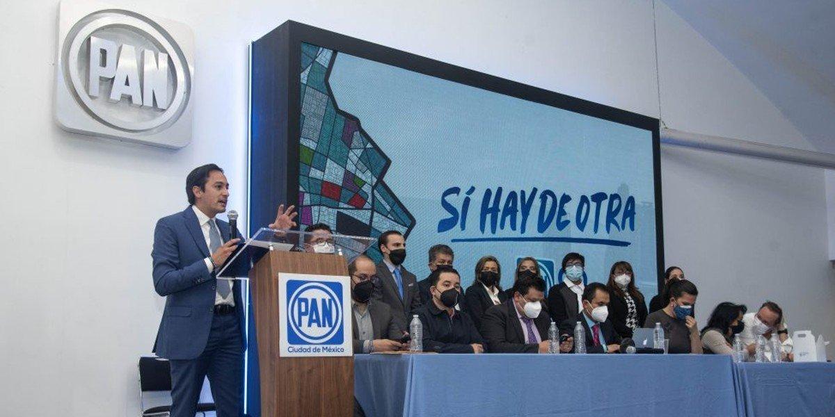 PAN reelige a Andrés Atayde como dirigente en CDMX; Patricia Báez será secretaria