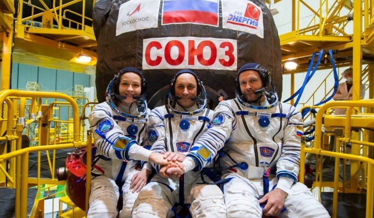 Rusia lanza misión al espacio para grabar la primera película en órbita