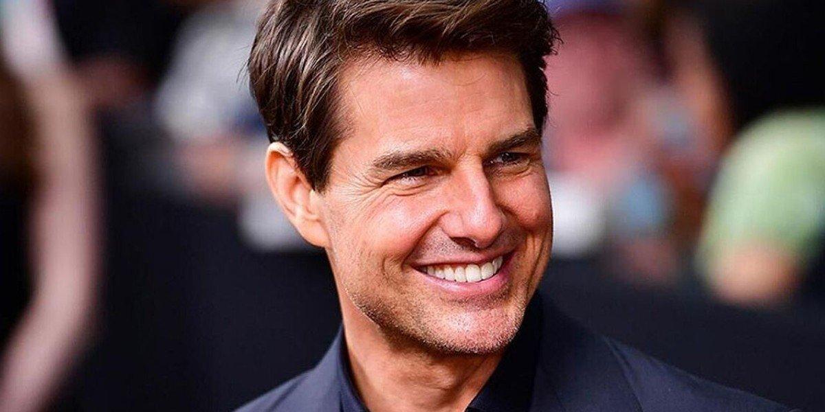 Captan a Tom Cruise en partido de beisbol y su rostro causa furor en las redes