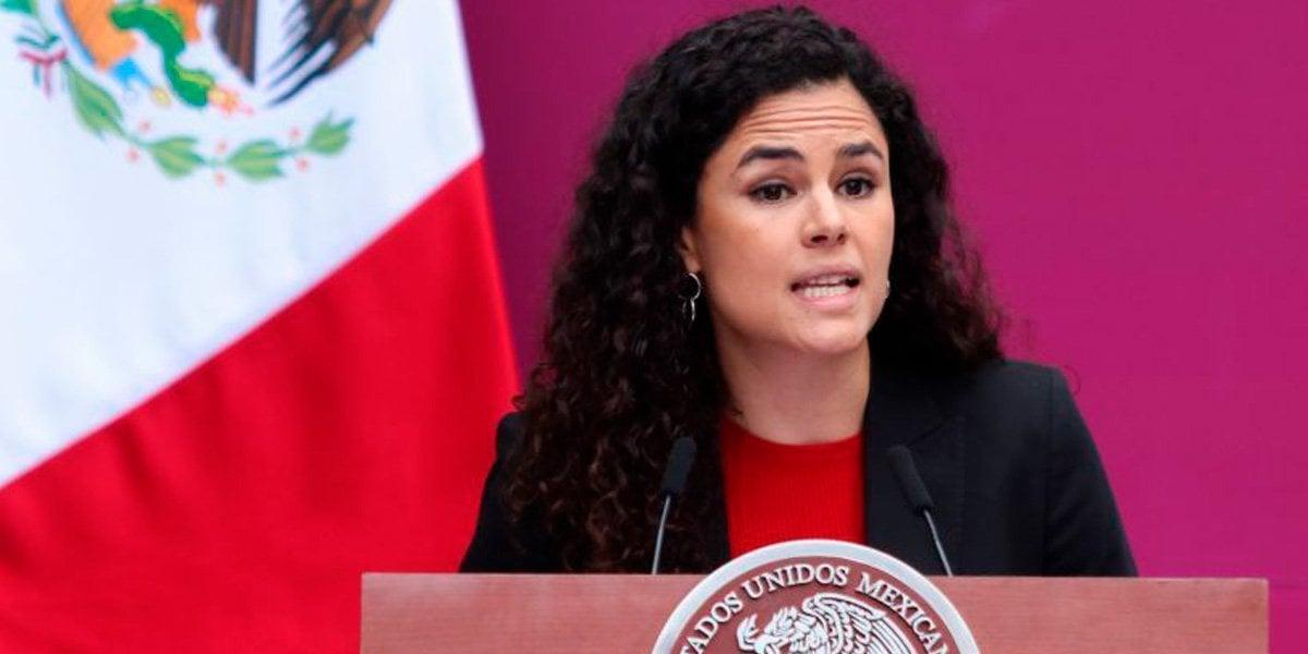 Luisa Alcalde llama a que nuevos empleos con avance de la tecnología, no pueden venir sin seguridad social