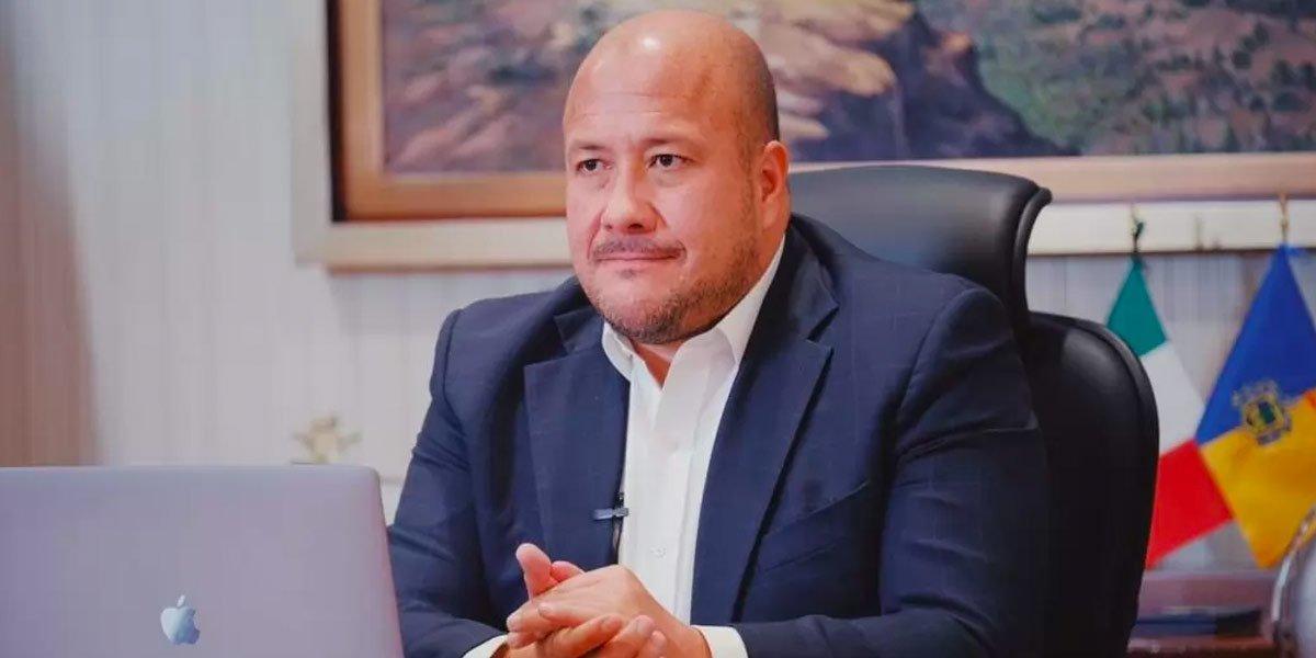 Enrique Alfaro pide a funcionarios y empresarios difundir consulta sobre Pacto Fiscal