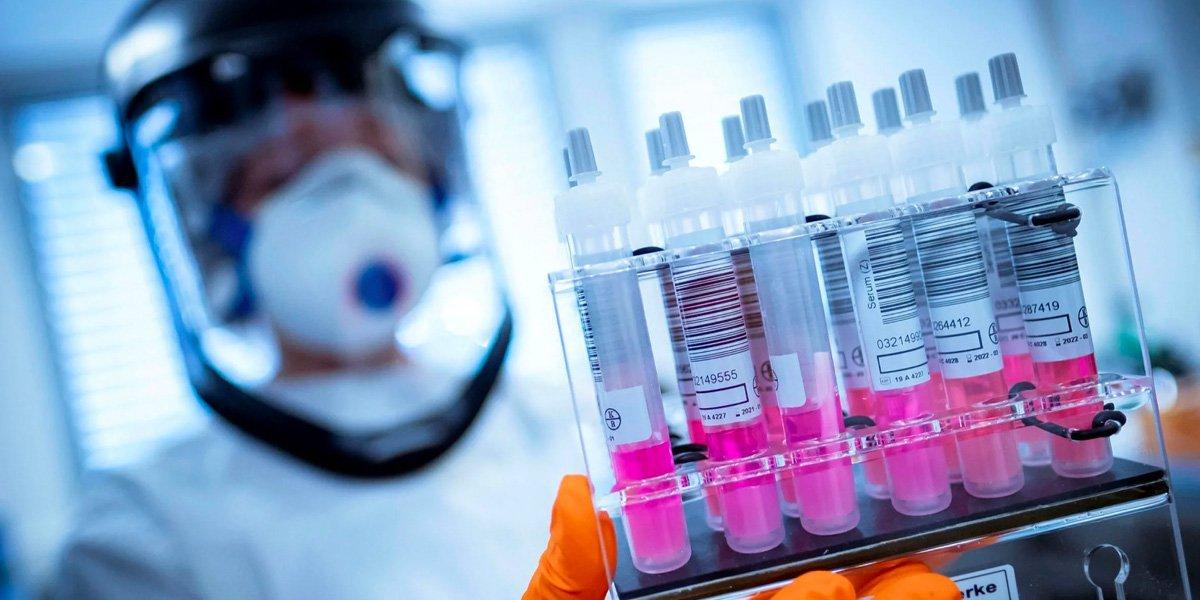 Antonio Guterres acusa de 'inmoral' y 'estúpido' acaparar vacunas contra COVID por parte de países ricos