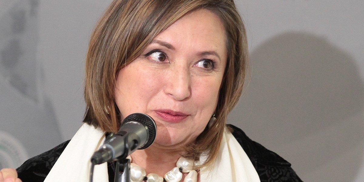 Xóchitl Gálvez aclara que no fue irrespetuosa con Ifigenia Martínez; gestos fueron por ausencia de AMLO