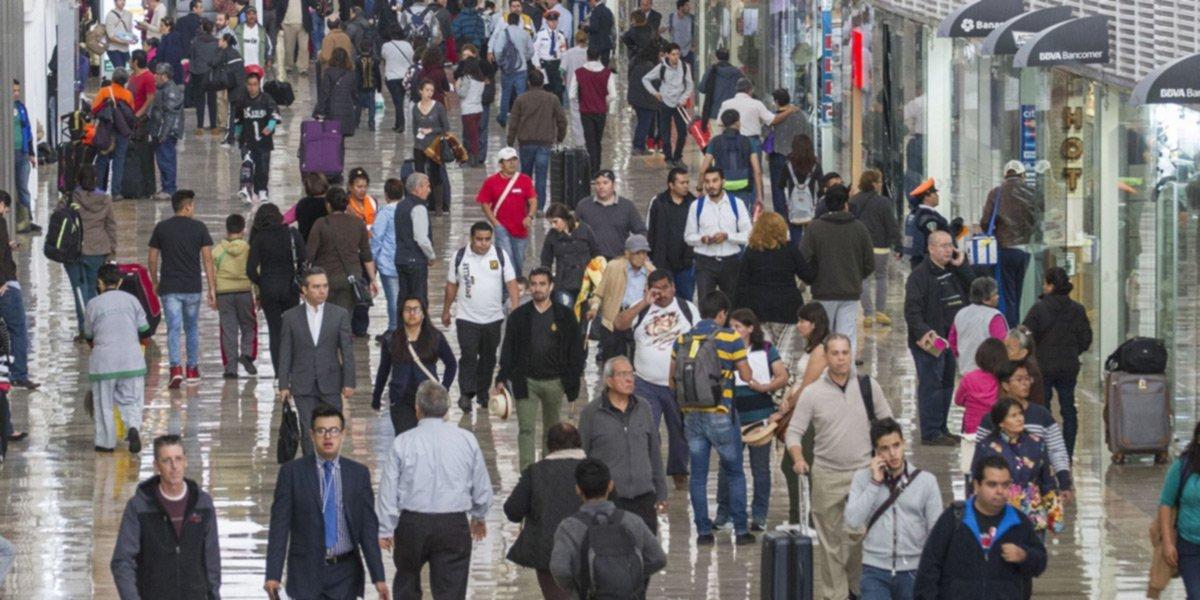 Reino Unido quita a México de 'lista roja' por COVID; turistas no cumplirán cuarentena