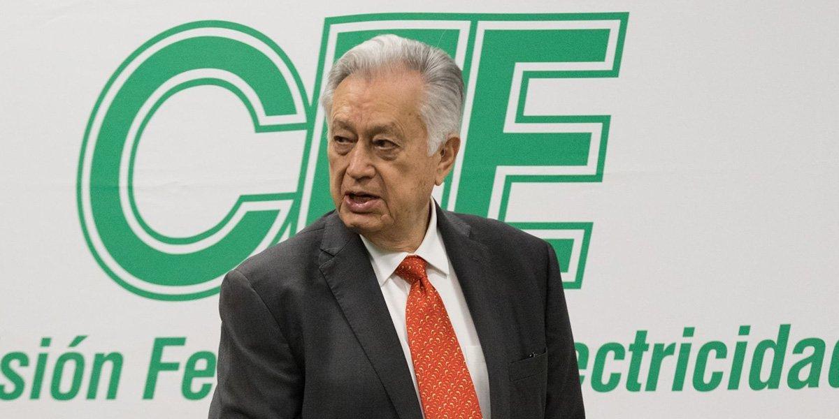 Bartlett pide a gerentes de CFE cerrar filas y promover la reforma eléctrica: 'defiendan su casa'