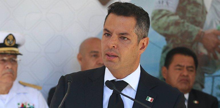 Murat coincide con AMLO: PRI enfrenta momento histórico; pide escuchar alcances de reforma eléctrica