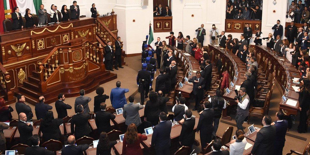 Encerrona en congreso de CDMX por reparto de comisiones