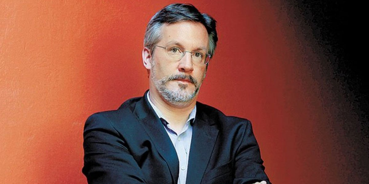 John Ackerman critica cambios internos en Morena y posponer su Congreso Nacional hasta 2022