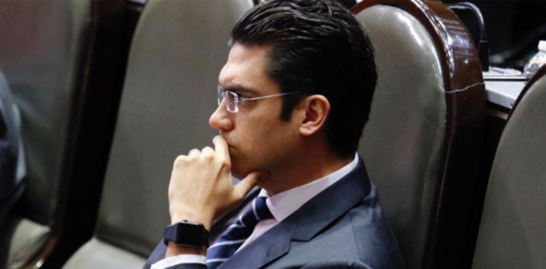Negociaciones de Jorge Romero podrían obtener frutos con comisiones cruciales en San Lázaro