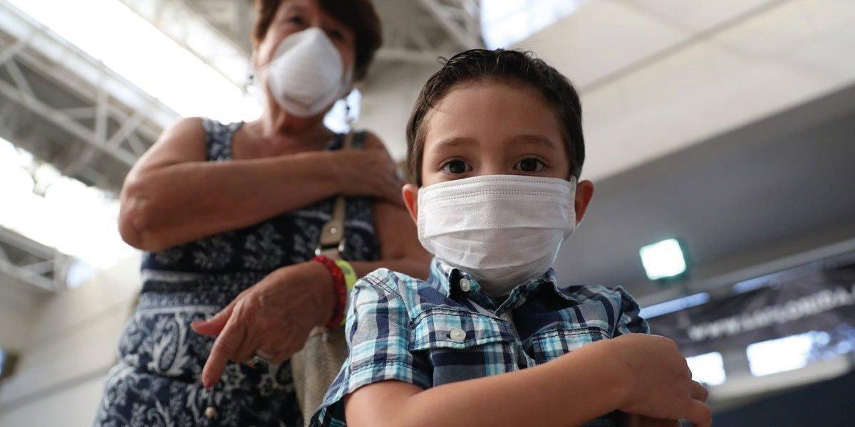 CDMX dará a conocer plan de vacunación contra COVID-19 para adolescentes con comorbilidades