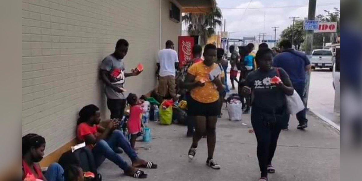 EUA pide a migrantes no intentar cruzar la frontera: serán deportados