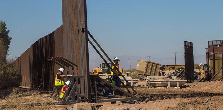 Departamento de Seguridad de EUA dio a conocer que contratos de construcción del muro fronterizo con México serán cancelados