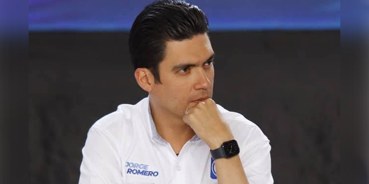 Panistas señalan que mala negociación de Romero les hizo perder comisiones